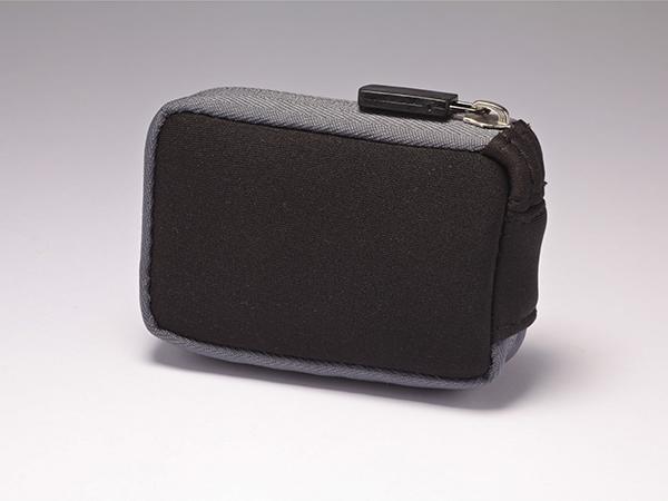 Neopren-Tasche mit Reissverschluss und Clip  (Alle MiniMed® Pumpen)